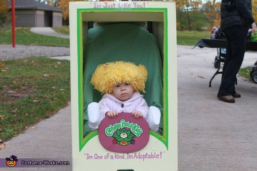 Cabbage Patch Kid - great stroller costume!: Strollers Costumes, Cabbages Patches Kids, Halloween Costumes, Haha Too Funny, Baby Costumes, Costumes Halloween, Cabbage Patch Kids, Homemade Costumes, Kids Costumes