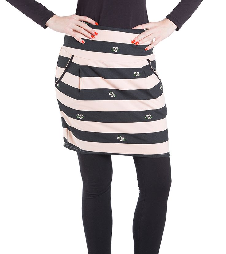 Uppercurve Waist Skirt - 59,95 http://shop.blutsgeschwister.de/AUSWAHL/LASS-DICH-INSPIRIEREN/A-Woman-s-Work-Is-Never-Done/uppercurve-waist-skirt-oxid-5.html