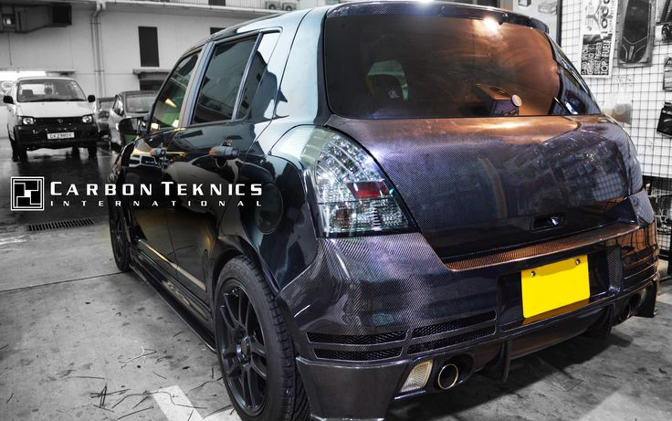 July 2014, Full carbon swift sports with TM style carbon fenders, CS style carbon hood and many other parts. Picture 13