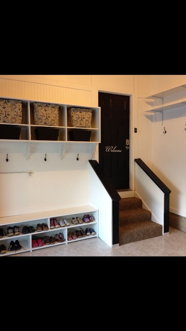 mudroom area in the garage..very cool for those with an attached garage.