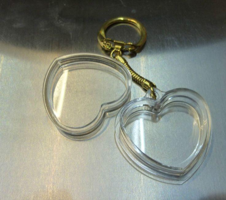 pet keepsake keychain your pets fur in a love heart UK Supplier