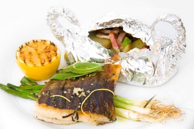 Článek s recepty na grilování sladkovodních ryb, více na http://www.gastrovylety.cz/grilovaci-sezona-je-zkuste-rybku-trebone/