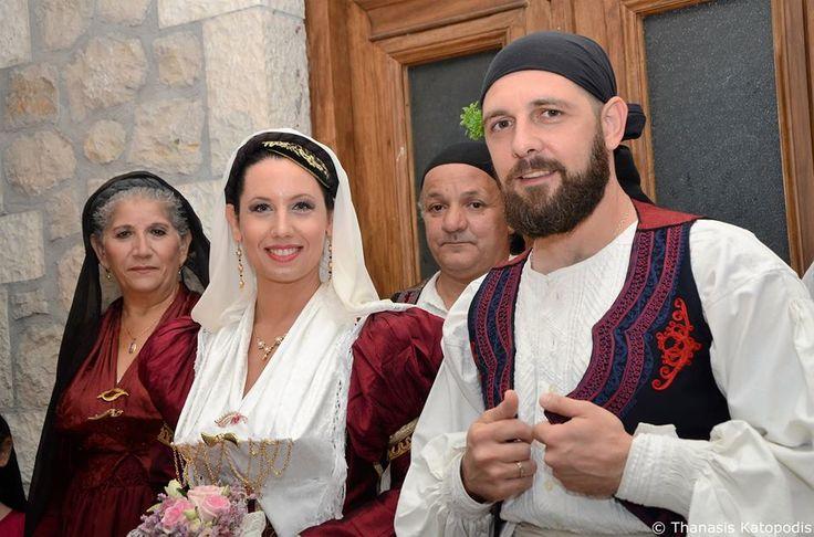 Αναπαράσταση του χωριάτικου γάμου στην Καρυά. 2016.