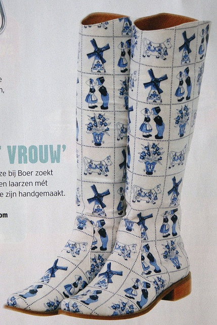 .Delft boots.. I nearly bought clogs like this. Love delft!