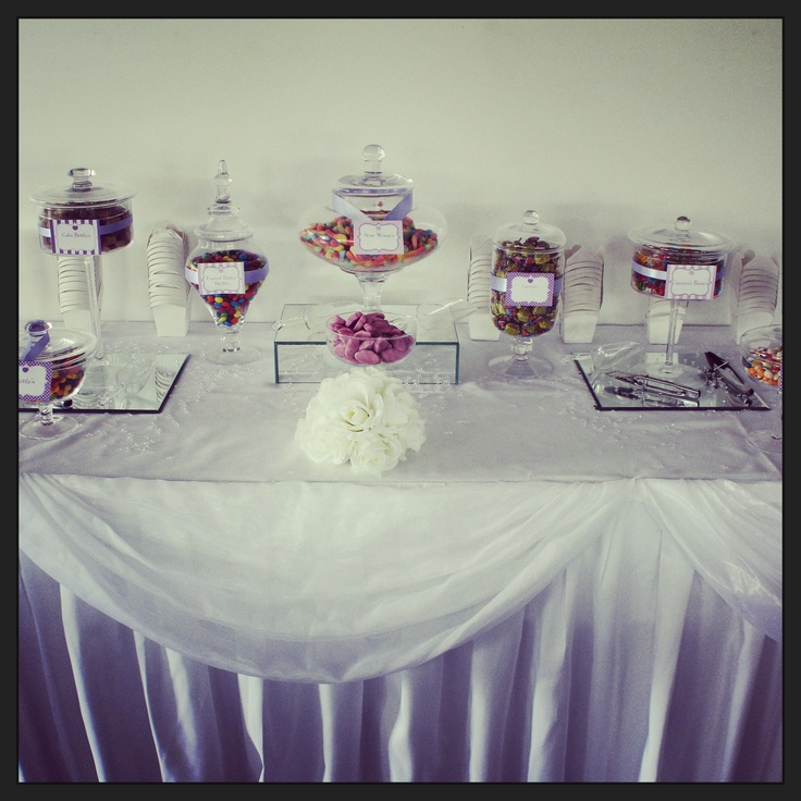 All our lolly buffets come with table skirting, raised and beveled mirrors, tongs, scoops and noodle boxes! Contact us today for DIY or themed buffets!