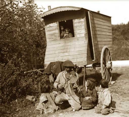 6 memories of growing up as a Romany Gypsy