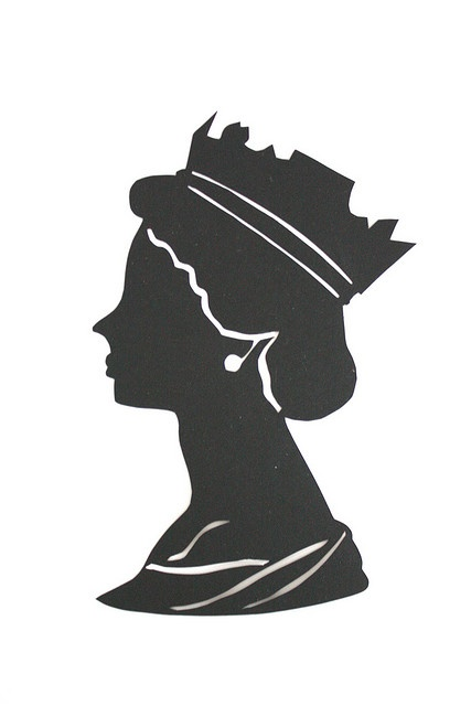 Queen head sillhouette