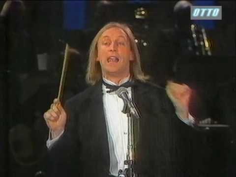 Otto Waalkes dirigiert das Ochester Paul Kuhn - Dischingis Kahn