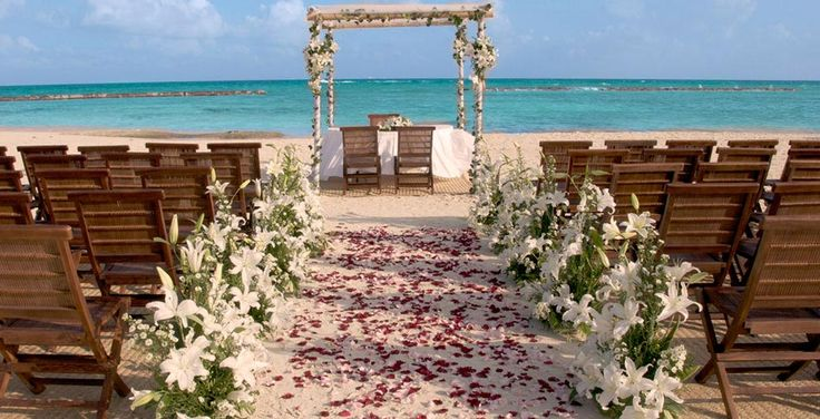 #Goa #Weddings is the newest and most exciting wedding and event venue which Goa has ever seen. Visit us : http://www.mysticalmomentsindia.com/destination-weddings/beach-weddings/goa