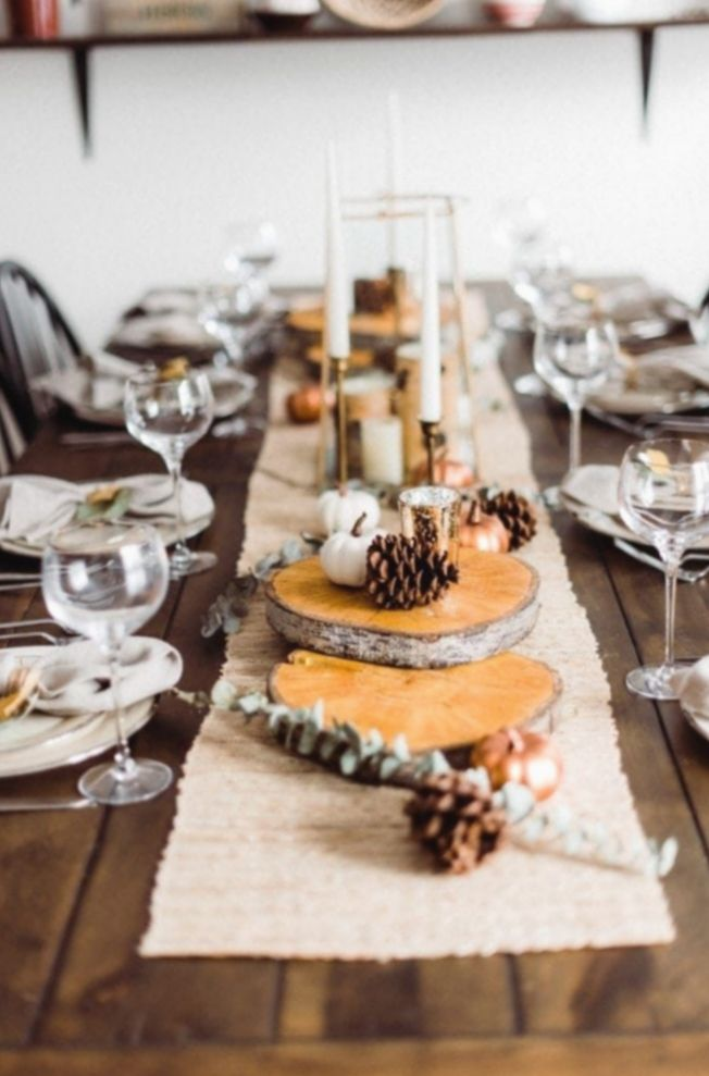 17 Dinner Table Decorations Simple In 2020 Dinner Table Decor Rustic Thanksgiving Table Thanksgiving Table Decorations