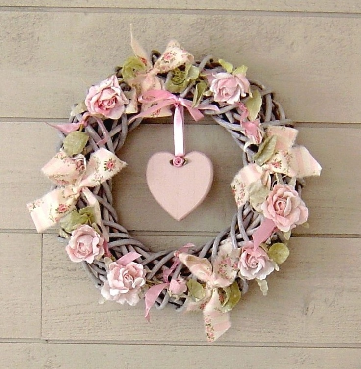 decorations-murales-couronne-de-fleurs-shabby-rose-1680644-dsc01379-c3632_big.jpg (823×842)