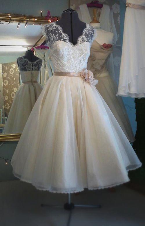 Custom Size New Tea Length V Neck Short Lace White/Ivory Wedding Dress Gown
