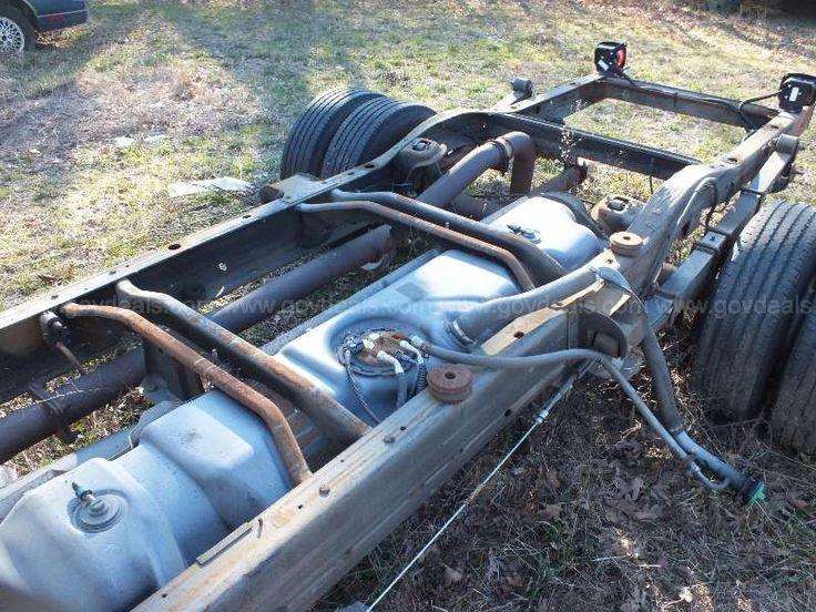 2008 Chevrolet Express G3500 - cutaway guts