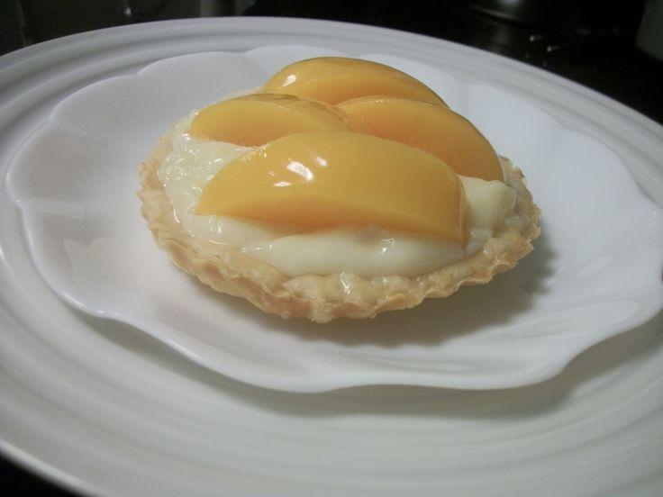 Tortinha de pêssego com massa folhada | Massas > Massa Folhada | Receitas Gshow