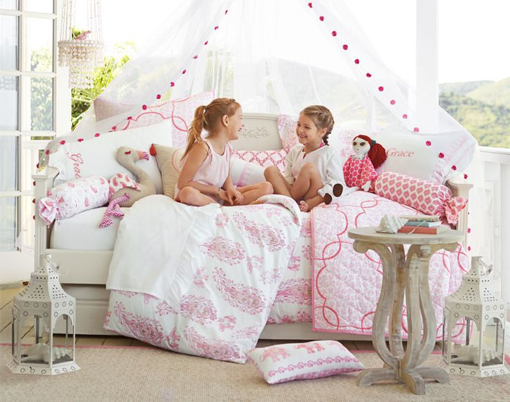 A Summer Inspired Coral Girls Room Pottery Barn Kids