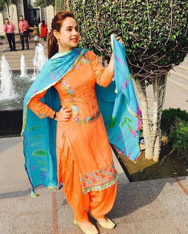 #SunandaSharma #PunjabiStarz
