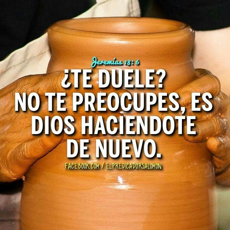 Jeremías 18:4 Y la vasija de barro que él hacía se echó a perder en su mano; y volvió y la hizo otra vasija, según le pareció mejor hacerla.