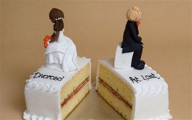 Yeni moda: Boşanma pastası!