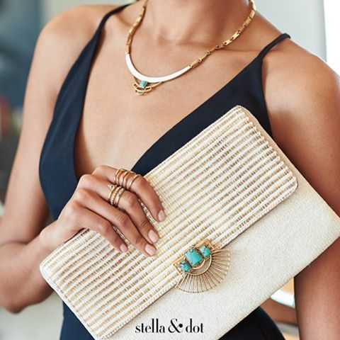 Countdown to what's coming for Early Summer 2016 is ON! Here's your latest peek! Best yet, the clasp on that stunning clutch unclips from the necklace! No one does versatility like Stella & Dot!