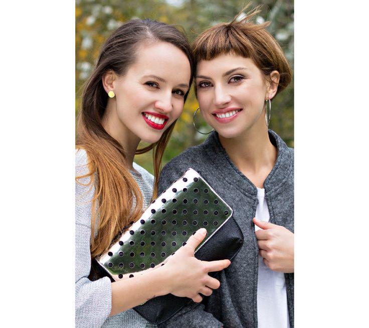 Stříbrná kabelka s puntíky | modino.cz #modino_sk #modino_style #style #fashion #newseason #autumn #fall