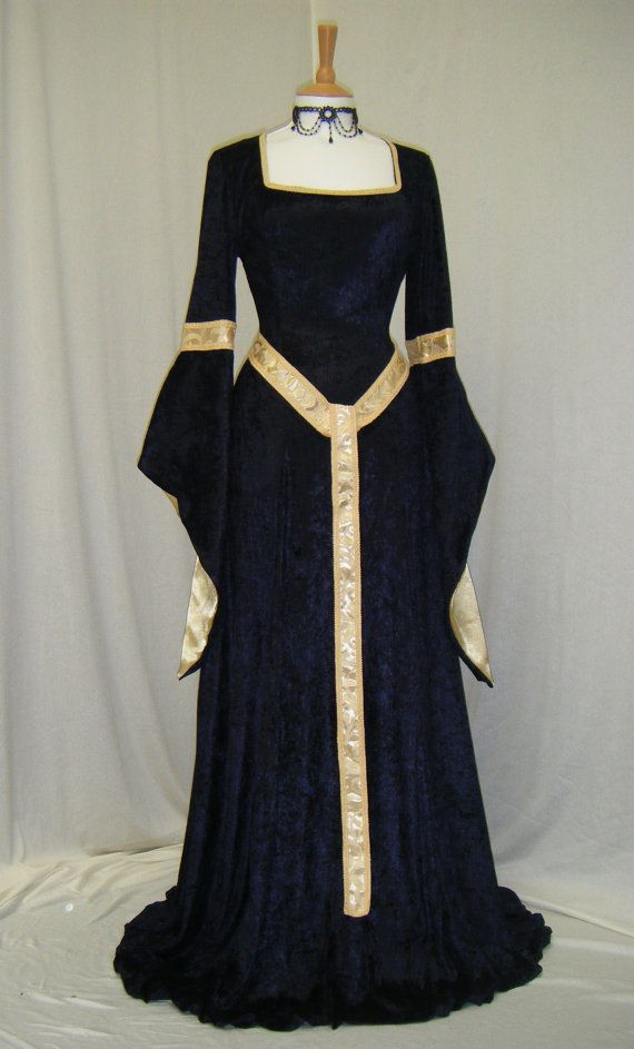 Medieval style dress - velvet square neckline middle ages gold trim If medieval style dresses were socially acceptable, I would wear nothing else.