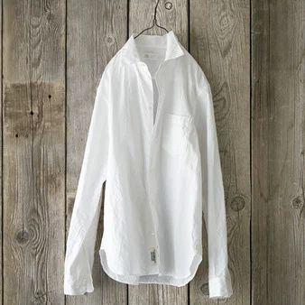 白シャツを使った大人のメンズコーデ集!着こなしを徹底解説!