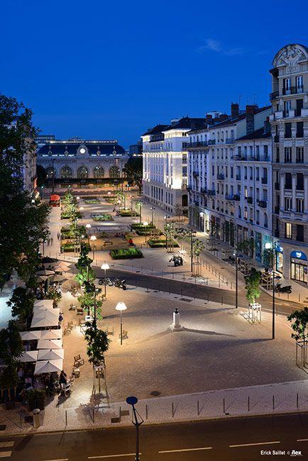 Place g n ral brosset by ilex landscape architecture 09 for Place landscape architecture