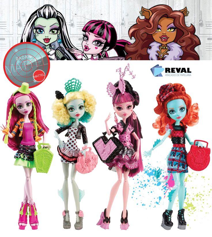 Conheça o sortimento Monster High Intercâmbio. Peça pelo código Reval 57467 (ref. Mattel: CDF17) pelo 0800-701-1811 ou pelos representantes de vendas de sua região e ótimas vendas!  Cada uma veste roupas monstruosamente lindas com detalhes de cada país, além de acessórios de arrepiar - incluindo escova, apoio e para finalizar, também contam com um diário de sua viagem.  #Reval #Mattel #RadarMattel #MonsterHigh #MH #Doll #Boneca #Toy #Brinquedo #Kids