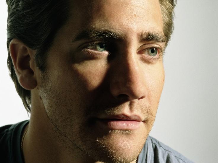 Jake Gyllenhaal Green Eyes