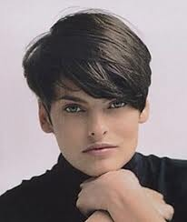 Love this short hair on Linda Evangelista!
