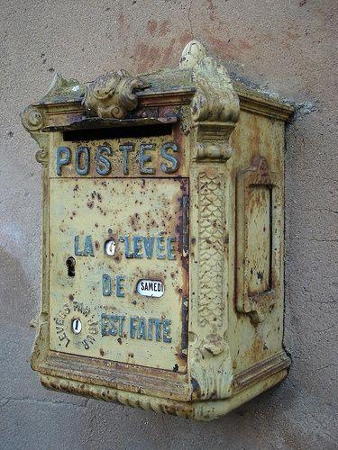 margadirube:  oldandshabby:(via Pinterest)