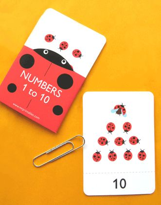 Free printable number flash cards.