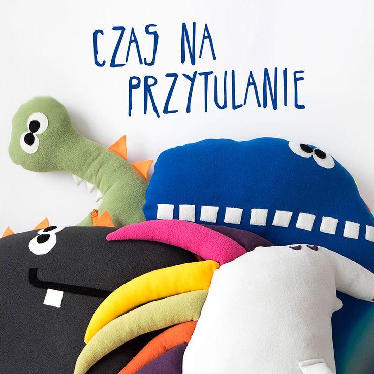 Przytulanki, pluszaki i Poduszkowce Endo: http://endo.pl/kategoria/590/swiaty_endo/pluszaki.html
