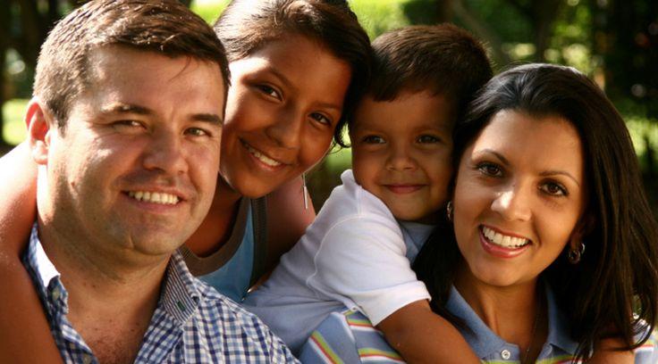 El Arzobispo de México (México), Cardenal Norberto Rivera Carrera, señaló que la raíz de la inseguridad que vive el país se encuentra en la crisis de valores, por lo cual se necesita fortalecer lo fundamental, que son las familias.