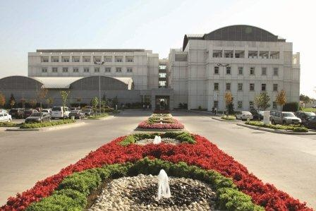 Anadolu Sağlık Merkezi, sağlık hizmetine, Suadiye Tıp Merkezi ile Bağdat Caddesi'nde ve Ataşehir Cerrahi Tıp Merkezi ile Ataşehir'de devam ediyor.
