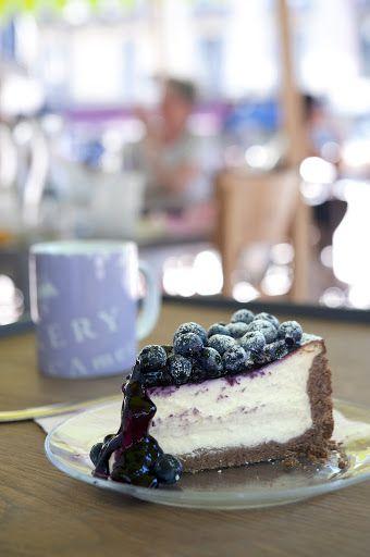 Cheesecake   by California Bakery