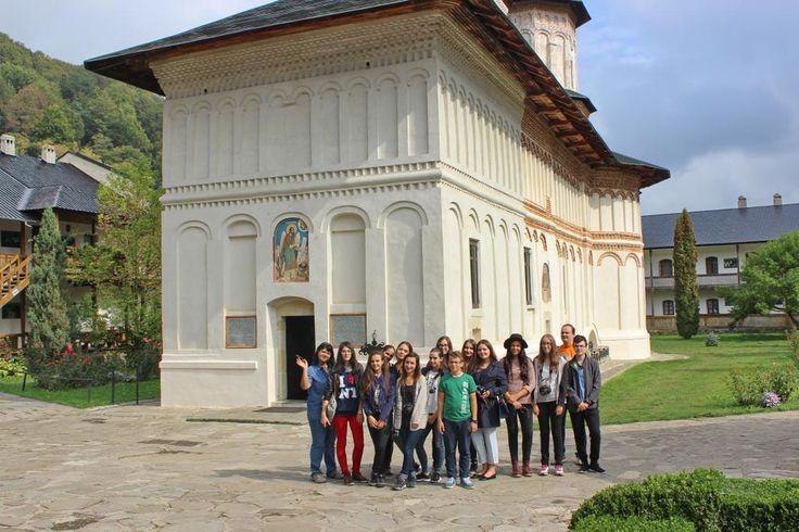 Manastirea Secu este o vatra monahala a carei vechime se ridica la aproape 500 de ani. https://www.facebook.com/media/set/?set=a.876377255774219.1073741829.872671646144780&type=3…