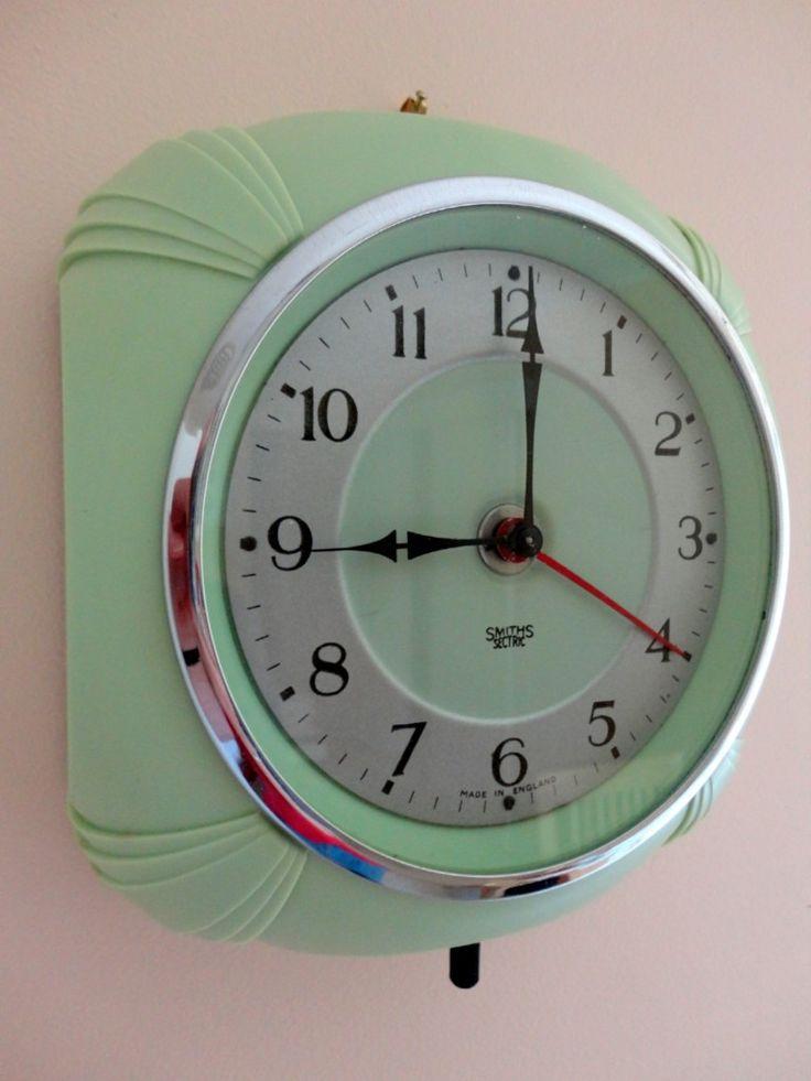 vintage art deco kitchen clock by
