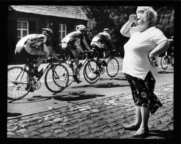 Cycling races in spring (pic by Stephan Vanfleteren)
