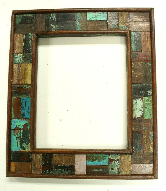 Reclaimed wood picture frame from antique old/salvaged wood - 25+ Best Ideas About Reclaimed Wood Picture Frames On Pinterest