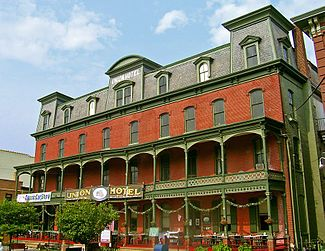 My sweet home town :) Union Hotel (Flemington, New Jersey)