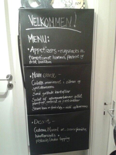 Ikeas skoreol brugt som menukort :-)