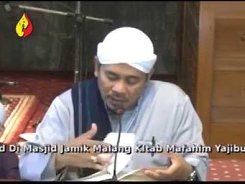 Abuya KH. Nur Hasanuddin Abdul Latif Pengasuh Pondok Pesantren Darussa'adah Gubugklakah Malang | Pengajian Akbar