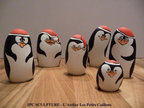 """ARTISANAT D'ART: Galet peint """"Pingouin de Noël"""" - Ref N° ..."""