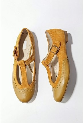 I'd like these to go on a better sale. Because I want them. I think I have a shoe problem.