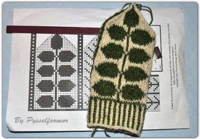 Swedish knit mittens, by the talented Pysselfarmor