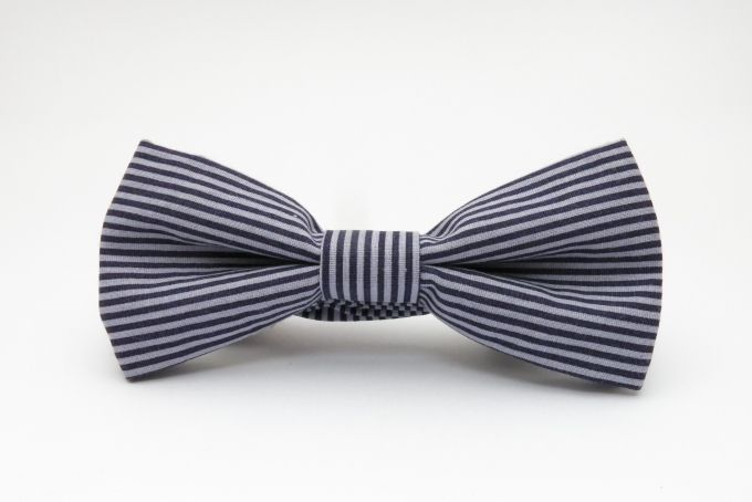 pre-tied bow tie, blue with off white strips by Bow Peep