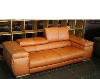Máte rádi moderní interiéry? Originální kožené sofa ho jistě u Vás doma doplní.