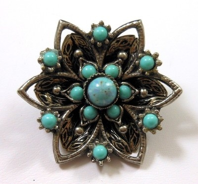 Vintage Turquoise Art Glass Silver Tone Flower Brooch Pin 3-D So Pretty! $12.00 SOLD