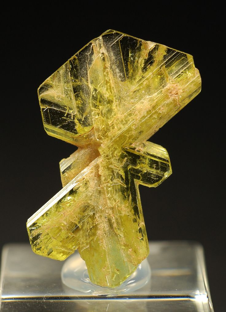 125 best images about Chrysoberyl~Musgravite~Grandidierite ... Grandidierite Engagement Ring